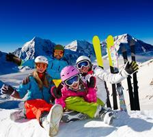 Winter - Sports - Family - Ski - DP13621836 (Copy)