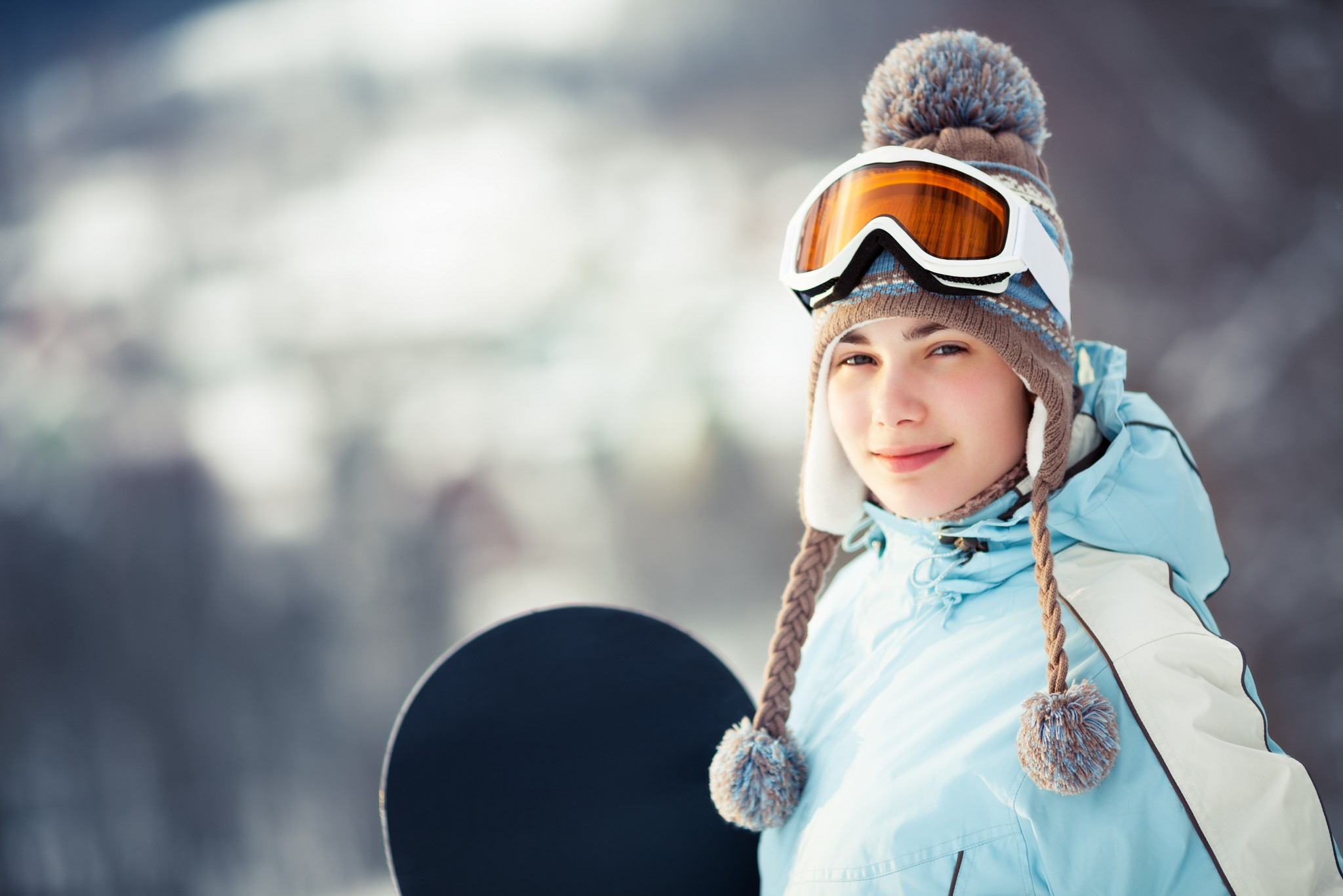 Pretty female snowboarder