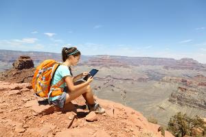 Backpacker-Grand-CanyonDP25234679